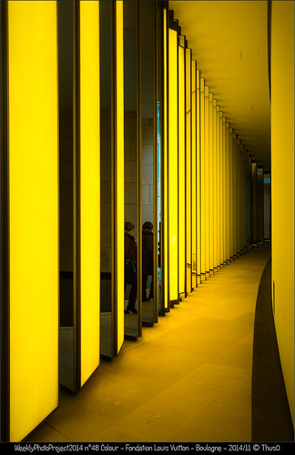 256 shades of yellow @ Fondation Louis Vuitton, Boulogne, France