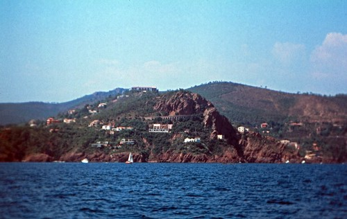 "109F Massif de l'Esterel • <a style=""font-size:0.8em;"" href=""http://www.flickr.com/photos/69570948@N04/15943148762/"" target=""_blank"">View on Flickr</a>"