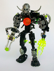 Skull Shooter's Front (See Music) Tags: green skull factory horns scorpion hero warrior bionicle grinder mocs moc 2015 zamor thornax