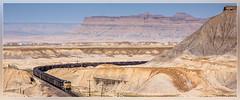 UP 5688, Green River (UT) 1.6.2014 (VTZK) Tags: train book utah unitedstates desert pacific union zug cliffs greenriver coal trein woestijn charbon dpu kolen kolentrein