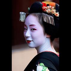 (Masahiro Makino) Tags: japan photoshop canon eos kyoto sigma maiko adobe    gion f28 lightroom 70200mm mikako  60d   20130304124359canoneos60dls640p