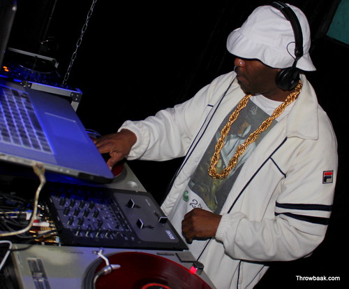 DJ 279