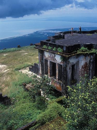 Kampot - Palace on a Steep Hill