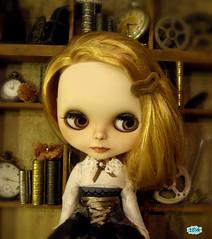 Warm Gray set dress for Blythe