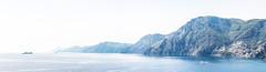 Amalfikste (MaxPa.) Tags: ocean italien blue light italy panorama nature canon coast licht wasser natur insel berge positano 5d blau amalfi kste felsen 2470mm mittelmeer