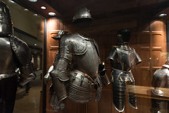 Royal Ontario Museum - May 03, 2016 (MorboKat) Tags: toronto museum plate medieval armour rom middleages royalontariomuseum suitofarmour platearmour medievalperiod