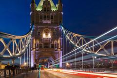 IMG_8563.jpg (intxaur) Tags: noche largaexposicin luces londres horaazul towerbridge