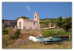 Chapelle St Erasme (au35) Tags: boat nikon corse bateau pcheur chapelle mditerrane pcheurs cargse d5000