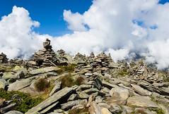 Jardin de pierres fumantes... (Claude Jenkins) Tags: nikon merdeglace hautesavoie d610 gardenofstones smokingrocks montenvers seaofice chamonixmtblanc