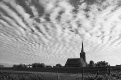 Ravenswaaij (Sybolt Engelsma / www.fieldsofdepth.com) Tags: blackandwhite church kerk canonef2470mmf28lusm lek betuwe ravenswaaij canoneos5dmarkiii syboltengelsma