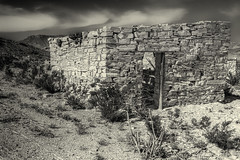House Ruins, Mariscal Mine, Big Bend NP (1mpl) Tags: bw abandoned texas bigbendnp mariscalmine mercurymining canon7d niksilverefexpro stonehouseruins