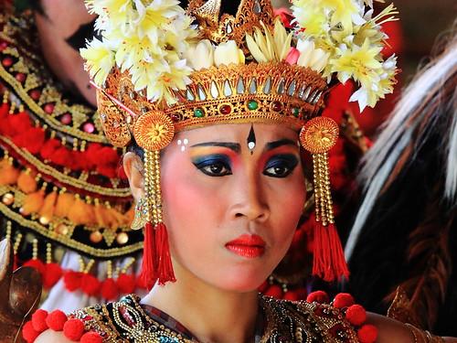 1708 Tari Barong Dan Keris, Batubulan, Bali, Indonesia