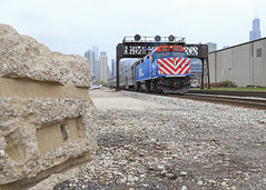 A rock & a hard place (GLC 392) Tags: railroad chicago color tower rock train point illinois place control cloudy sears hard railway il signals 102 passenger morgan metra cp position willis cpl emd metx f40ph3