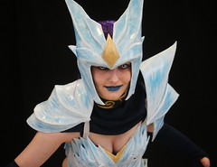 2015-03-14 S9 JB 88408##cos20 (cosplay shooter) Tags: anime comics comic cosplay manga leipzig cosplayer rollenspiel roleplay lbm 100b leipzigerbuchmesse icedrake leagueoflegends shyvana 2015079 sayakakinketsu id466995 2015198 x201605