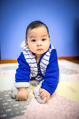 Portrait of baby (HIKARU Pan) Tags: china boy portrait baby cute vertical photography asia shanghai chinese wideangle indoors lovely 24l 1dx canonef24mmf14liiusm eos1dx