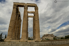 The Temple of Olympian Zeus (Guilherme Secatto) Tags: atenas acrpole