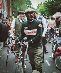 Vintage cyclist (The Rolling Spoke) Tags: london bike bicycle vintage sweater cyclist style bicicleta cycle ciclismo bici jumper marshal velo tweed fiets tweedrun