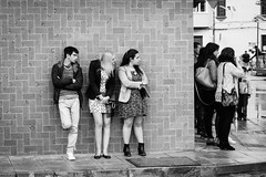 En la esquina [explore] (BuRegreg) Tags: street city urban calle spain streetphotography ciudad explore urbana streetphoto albacete castillalamancha 2016 callejera lagineta estoesloqueveo
