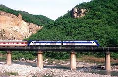 DF11G-0106  Jinkengcum  09.05.14 (w. + h. brutzer) Tags: china analog train nikon eisenbahn railway zug trains locomotive lokomotive diesellok eisenbahnen df11g dieselloks webru jinkengcum