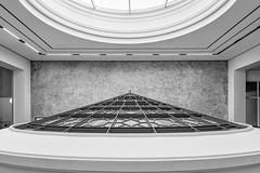 Martin-Gropius-Bau (Michael_H.) Tags: monochrome architecture im fenster haus wideangle architektur bauwerk gebude weitwinkel martingropiusbau glaskuppel kunstgewerbemuseum hauptportal berlinerfestspiele widestand ausstellungshaus imnnenaufnahme