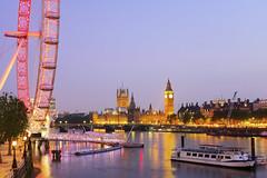 The Palace of Westminster (Ayush Bhandari) Tags: england thames nightlights united londonbynight kingdom londoneye bigben esplanade queenswalk palaceofwestminster centrallondon jubileegardens elizabethtower eveninginlondon fujix100t