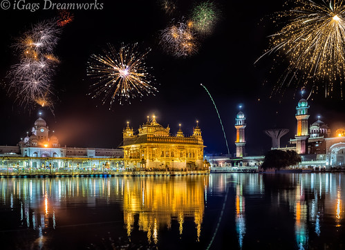 Diwali Fireworks @ Golden Temple Amritsa by gags9999, on Flickr