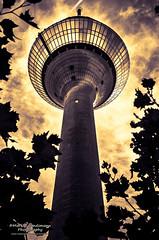 Dsseldorf Fernsehturm (split toned) (Markus Landsmann - markuslandsmann.zenfolio.com) Tags: blackandwhite bw architecture german