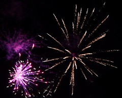 Fireworks 2014 (Rebecca Jay Thorne) Tags: red lines golden purple fireworks explosion magenta streaks bang starburst 2014