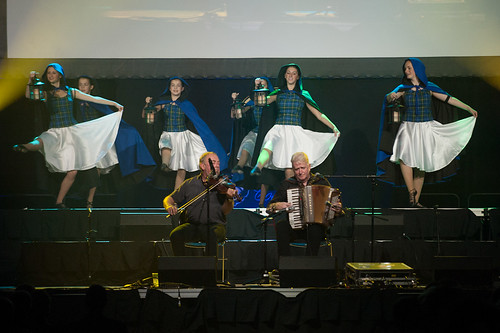 "Aly Bain and Phil Cunningham with the Celtic Touch Dancers - The Ties that Bind • <a style=""font-size:0.8em;"" href=""https://www.flickr.com/photos/39390606@N06/16102031737/"" target=""_blank"">View on Flickr</a>"