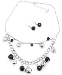 5th Avenue Black Necklce K1 P2110-3