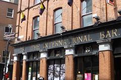 International Bar, Dublin 2 (piktaker) Tags: ireland dublin bar pub inn eire tavern pubsign roi innsign publichouse republicofireland internationalbar