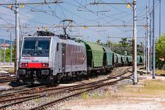 186 285 (atropo8) Tags: italy train nikon merci zug cargo verona treno freight rtc veneto cereali d810 railtractioncompany 186285