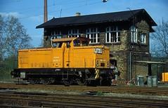 346 933  Dessau  15.04.94 (w. + h. brutzer) Tags: analog train germany deutschland nikon dr eisenbahn railway zug trains db 106 locomotive dessau lokomotive diesellok 346 eisenbahnen dieselloks webru