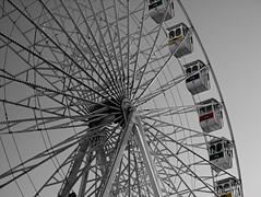 a roda gigante (Z Carlos) Tags: gimp rodagigante selectivecolour giantwheel corselectiva