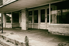 Durret Brothers (Pete Zarria) Tags: abandoned sign store louisiana decay ghost depression grocery 1930