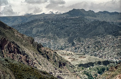 Bolivia, Valle de la Luna #7 (foto_morgana) Tags: southamerica landscape outdoor scenic bolivia panoramic highland suburb nikoncoolscan lapaz analogphotography mountainous analogefotografie vuescan bolivianandes travelexperience photographieanalogue