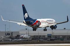 XA-GOL / Boeing 737-752(W) / 35785/2011 / AeroMxico (A.J. Carroll) Tags: am miami mia boeing amx 737 737700 aeromxico 73g skyteam kmia 737752 xagol cfm567b22 acgacquisitions c12y112 357852011 0d039b