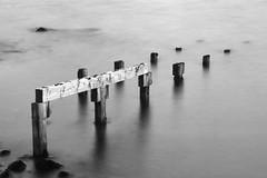 Une autre destination (Kro shooting) Tags: pose juin highlands eau lac t ponton ecosse 2015 longue aultbea