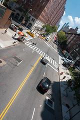 New York Grid (Mr Moss) Tags: yellow cab america manhatten road street vanishing point vanishingpoint