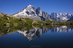 Lac des Cheserey with Aiguille Verte, Les Drus and Grand Jorasses (Bernhard_Thum) Tags: bernhardthum thum lacdescheserey grandjorasses lesdrus montblanc alps leicam carlzeiss distagont1435 zm distagon3514zm nature aiguilleverte daarklands legacy rockpaper pinnaclephotography