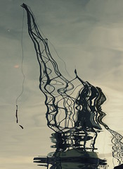 Shaky crane (mennomenno.) Tags: reflections rotterdam cranes kraan reflecties leuvehaven maritiembuitenmuseum