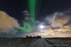 Moonlight Aurora. (Kjartan Guðmundur) Tags: sky snow canon stars iceland nightscape ísland northernlights auroraborealis norðurljós canoneos5dmarkiii tokinaatx1628mmf28profx kjartanguðmundur