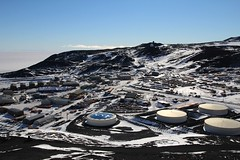"McMurdo, while ascending • <a style=""font-size:0.8em;"" href=""http://www.flickr.com/photos/27717602@N03/15522564840/"" target=""_blank"">View on Flickr</a>"