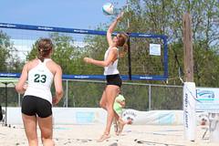 TU-WIU Game 4-011 (sport.shooter) Tags: girls game beach set ball sand women university tournament match volleyball webber tu volley wiu tulane