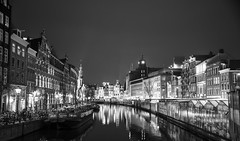 Bloemenmarkt, Amsterdam (Riccardo Nobile Photos ) Tags: street flowers white black flower holland amsterdam night river landscape boat canal nikon bn local nikkor riccardo waterscape bloemenmarkt d600 nobile
