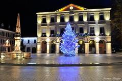 Thonon-les-Bains (joménager) Tags: 1755 afs d300s f28 hautesavoie light longue night nikon passion pose rhônealpes thononlesbains