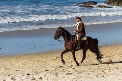 A caballo por Samil (dfvergara) Tags: espaa caballo mar agua playa arena galicia jinete olas ria vigo samil riadevigo playadesamil