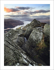 BEN A'AN SUNSET (SwaloPhoto) Tags: winter mountains zeiss canon scotland nationalpark rocks availablelight lochlomond ze munros stirlingshire thetrossachs lochkatrine corbetts benaan thehighlands scottishwater leefilters distagont2821 eos5dmkii distagon2128ze smallrockypeak