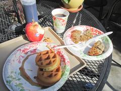 1168 Travelodge Breakfast (mari-ten) Tags: california food apple coffee fruit breakfast hotel la losangeles unitedstates beverage northamerica waffle belgianwaffle 2014 americanfood losangelescounty sausagelinks 201405 20140504 travelodgehotellax