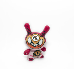 Mudy (WuzOne) Tags: toy diy geek handmade kidrobot collectible custom commission dunny arttoy vinyltoy munny wuzone